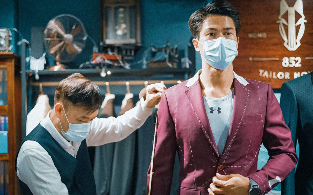 Why does it take 4 weeks to make a bespoke suit? What are the differences between tailor-made suits and 24-hour finished products?